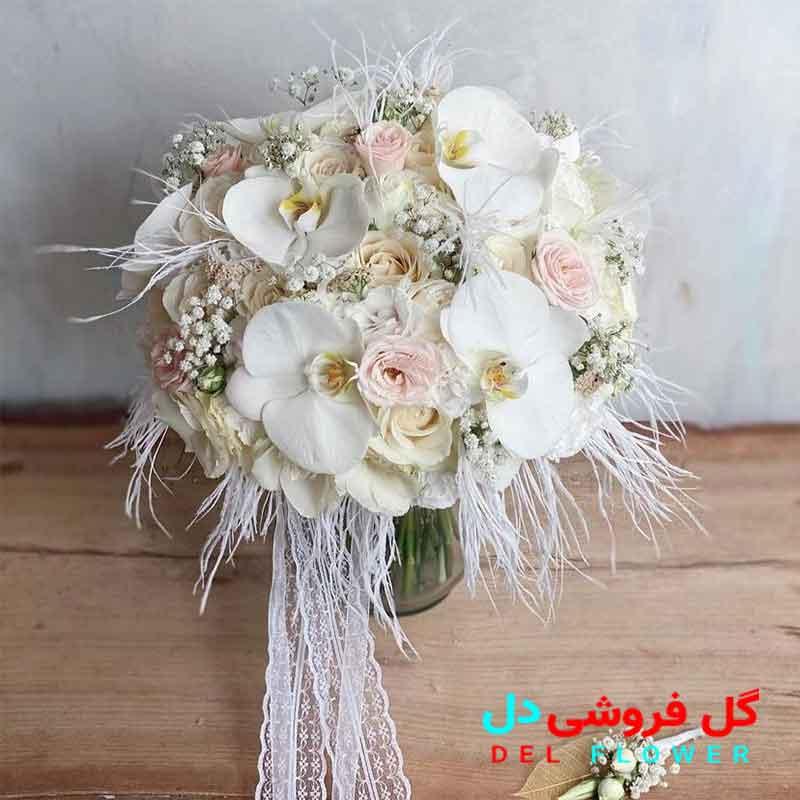 دسته گل عروس با ارکیده سفید