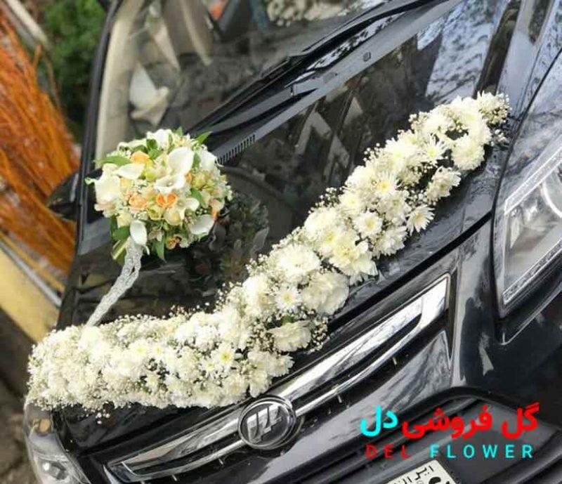 تزئین ماشین عروس با گل طبیعی